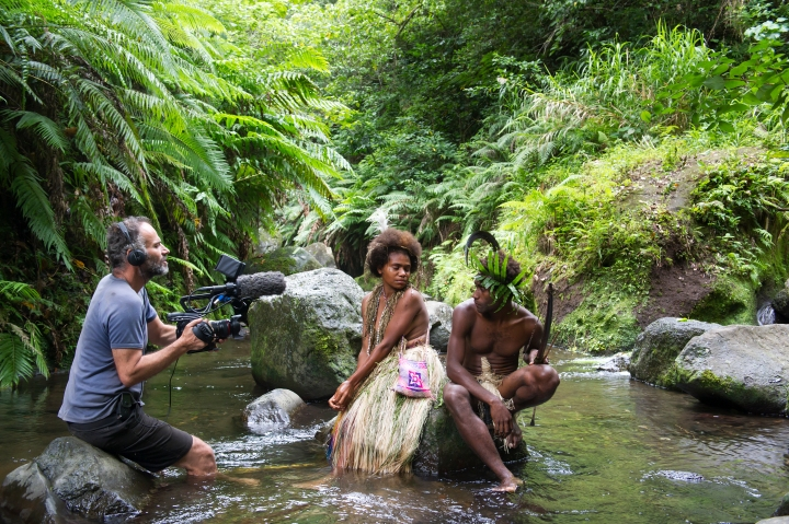 Bentley Dean with Marie Wawa and Mungau Dain on location with 'Tanna' - PHOTO Philippe Penel
